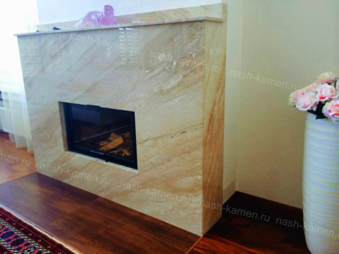 Мраморный камин изготовлен из Дайно Реале