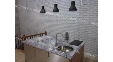 Столешница на кухонный остров из мрамора Лилак