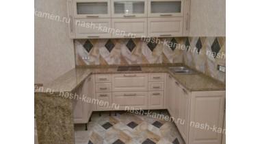Столешница на кухню из гранита Оро Бразил