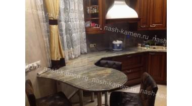 Столешница на кухню из гранита Вира Джупарана