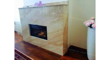 Камин из натурального мрамора Daino Reale