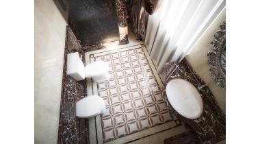 Столешница из мрамора Rosso Levanto для ванной
